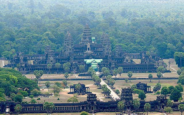 Overview-Angkor-Wat-Siem-Reap-Cambodia-Vacation