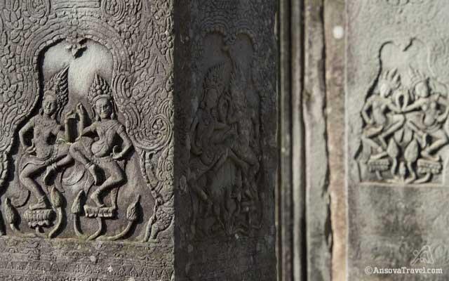 Angkor Bas relief - Apsara dance